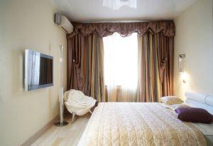 Дизайн спальни 9 кв м - потолок