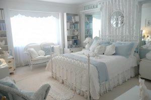 Идея интерьера спальни в белом цвете