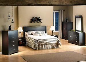Интерьер спальни с пробковым полом