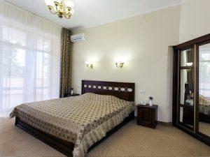 Кондиционер, установленный в спальне