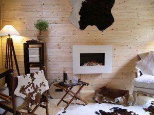 Особенности создания интерьера спальни со шкурами животных