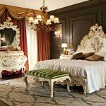 Дворцовый стиль барокко в спальне