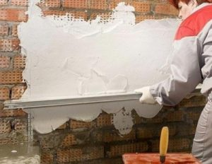 Способ штукатурки стен в доме