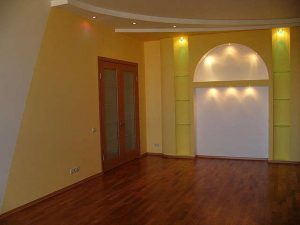 Способы правильно окрасить стены в комнате