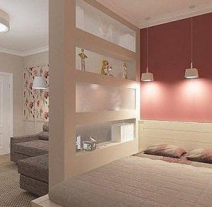 Стеллажная перегородка для практичности спальни