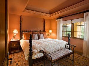 Теплые оттенки оранжевого для спальни
