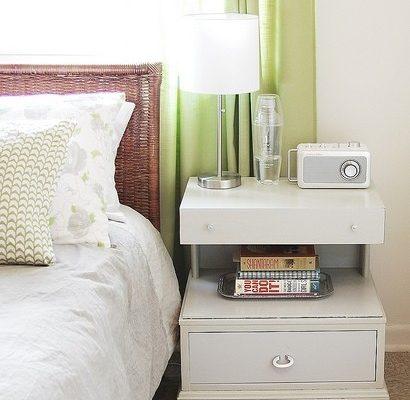 Тумбочка для спальни