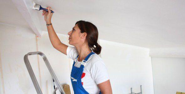 Как и чем покрасить стены в доме