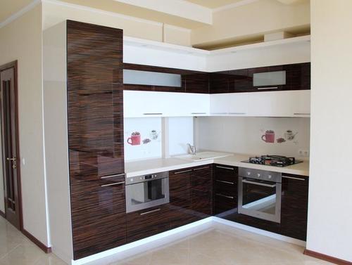 Плюсы и минусы акриловой кухни