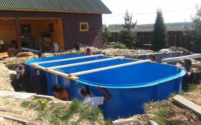 Почему стоит выбрать пластиковый бассейн для дачи